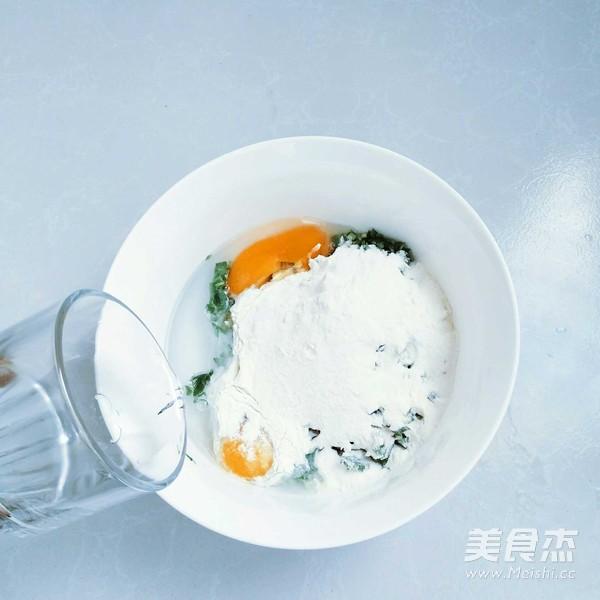 山鸡蛋韭菜软饼怎么吃