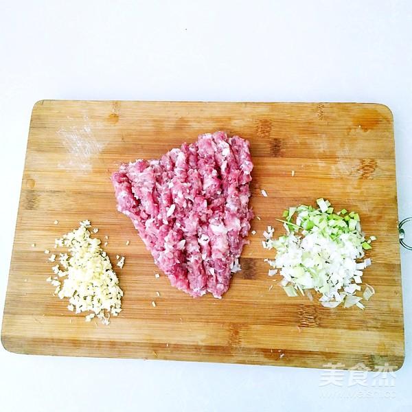 鲜肉豆角锅贴的简单做法