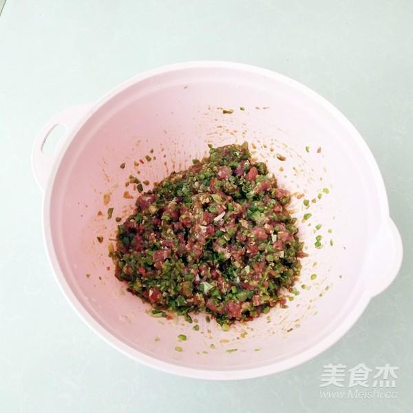 鲜肉豆角锅贴怎么做