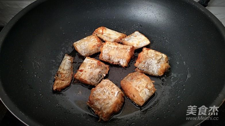 红烧带鱼怎么炒