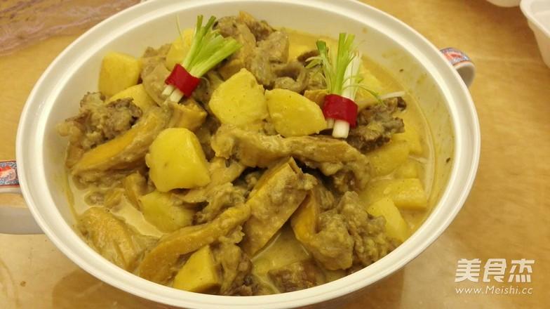 咖喱牛腩焖薯仔怎么炒