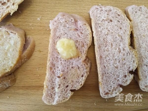 蒜香芝士面包片怎么炒