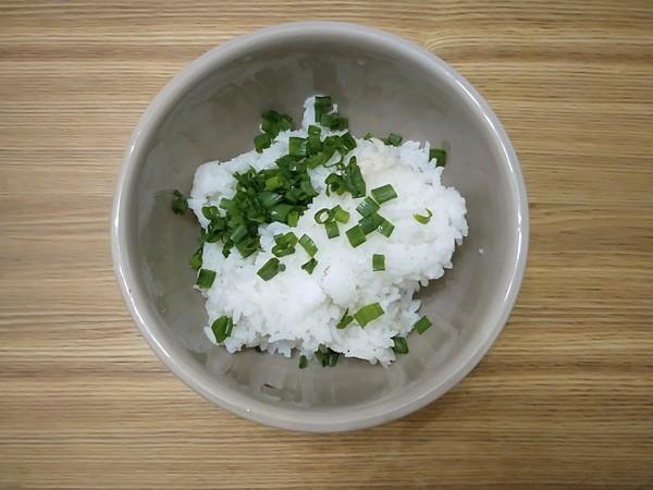 鸡蛋咸香大米煎饼的步骤