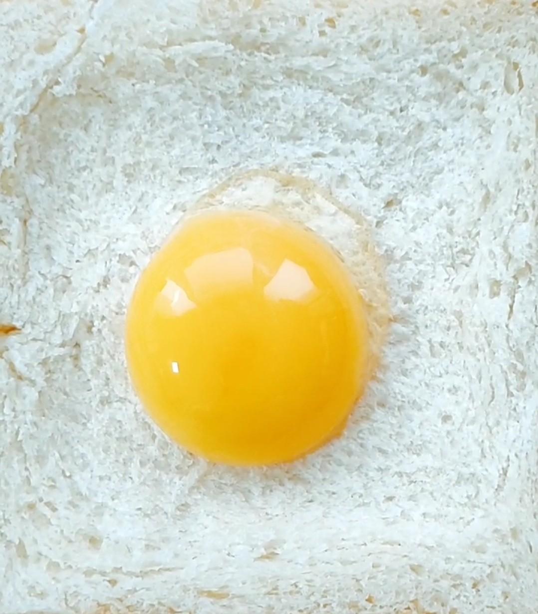 鸡蛋烤土司怎么炒