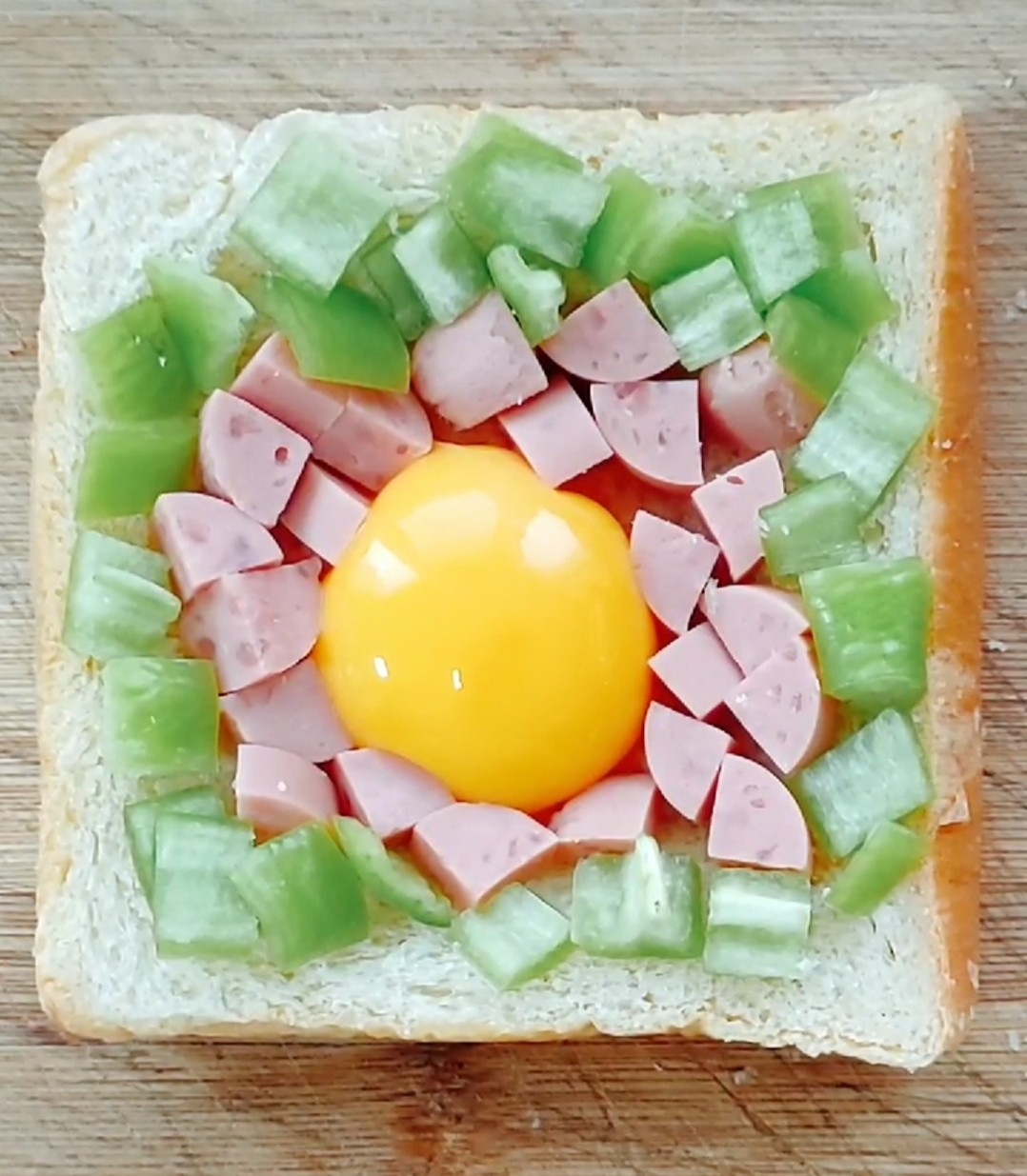鸡蛋烤土司怎么炖