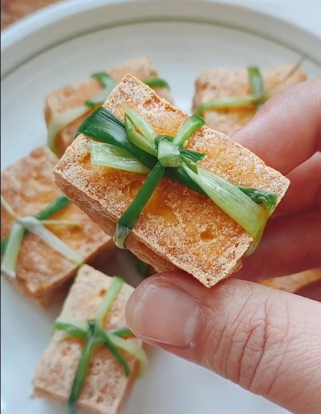 豆腐的神仙吃法-豆腐箱子怎样煸
