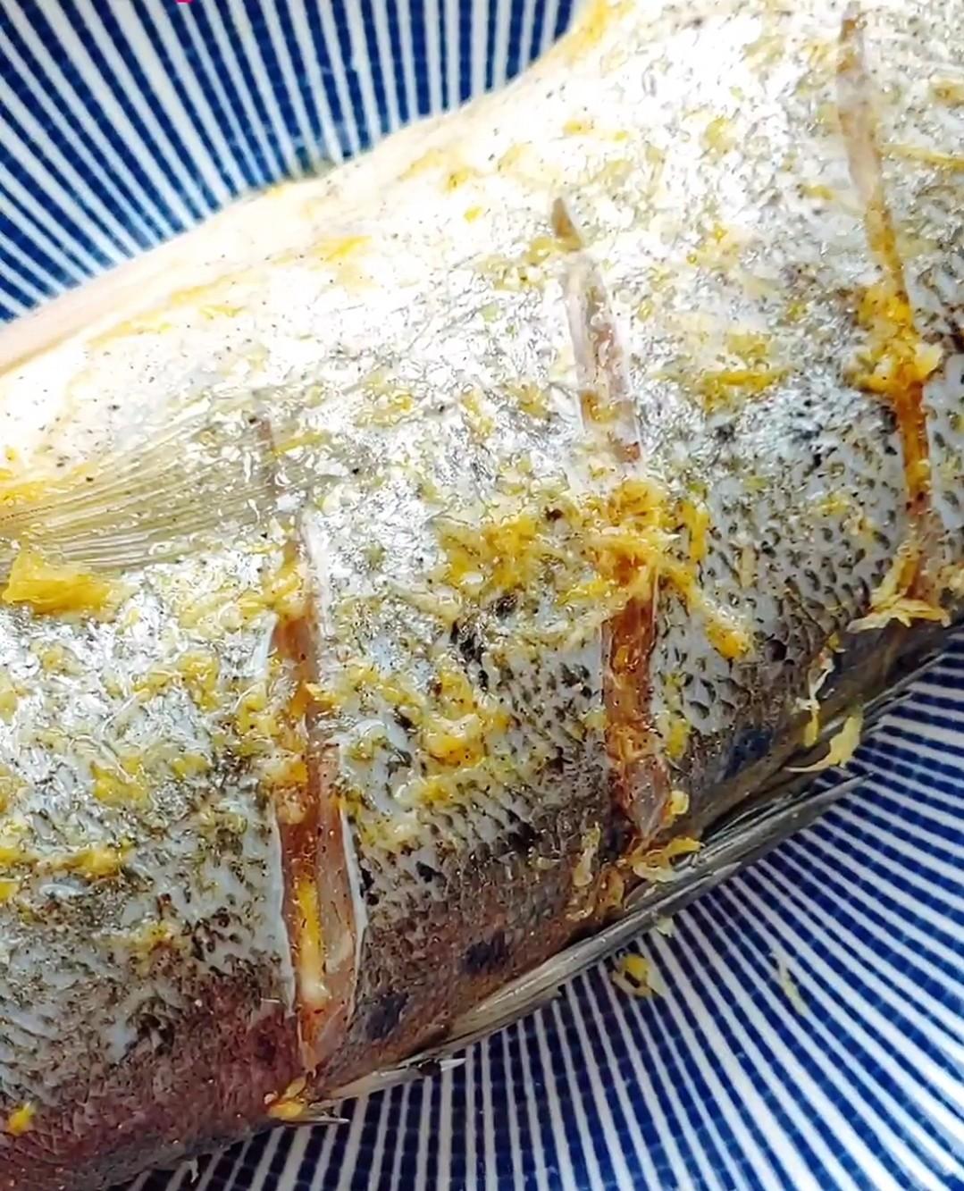 地中海风味烤鱼怎么煮