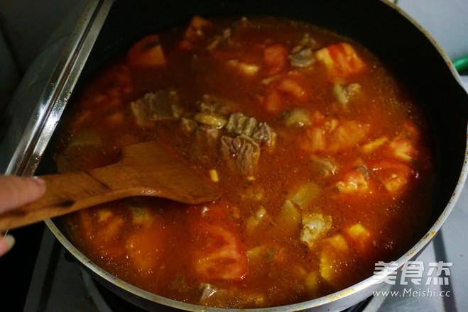 西红柿牛腩汤怎么炖