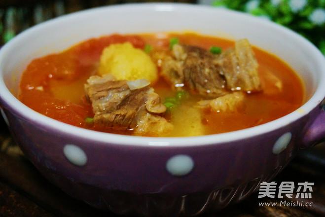 西红柿牛腩汤成品图
