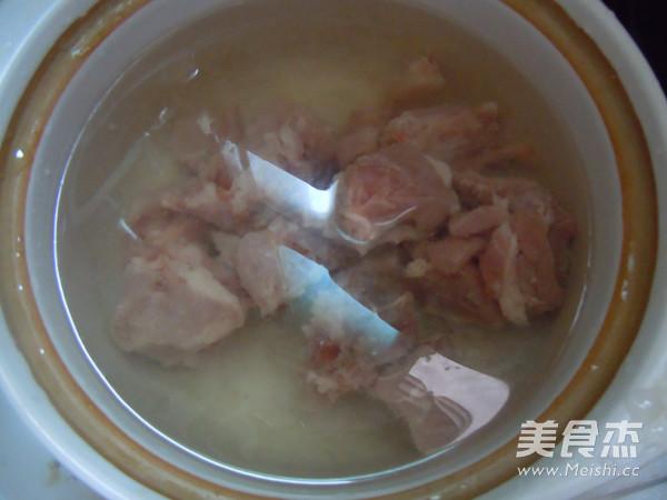 玉米南瓜排骨汤的家常做法