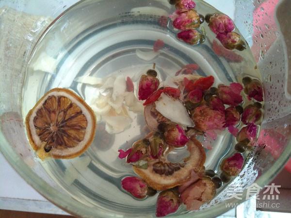 养生壶-玫瑰花草茶的步骤