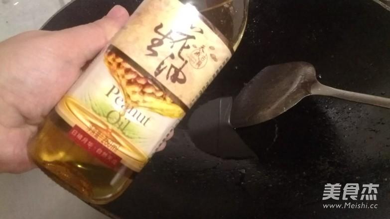 黄金蒜海鲜蒸粉丝的简单做法