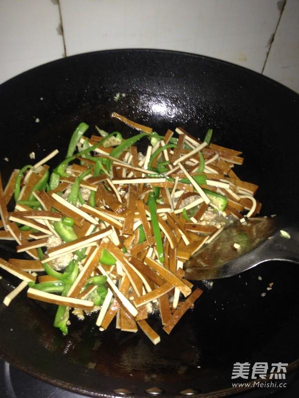 韭菜肉沫炒香干怎么吃