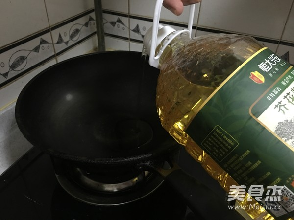 西芹炒虾仁怎么做