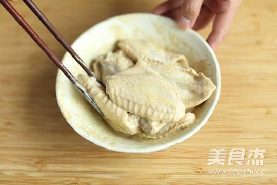 炸鸡翅的简单做法