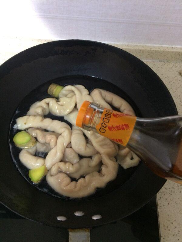 卤肥肠的家常做法