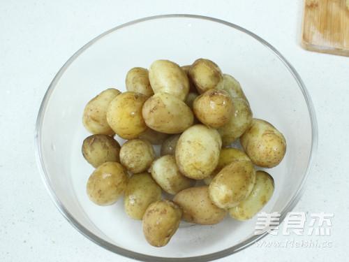 盐煎小土豆的家常做法
