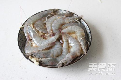 鲜虾金针菇怎么做