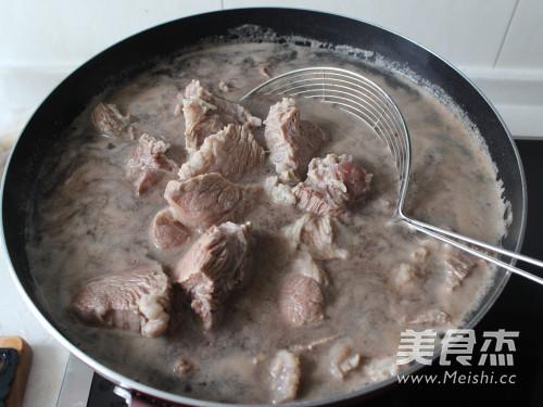 家常秘制烧牛肉的做法图解