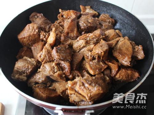 家常秘制烧牛肉怎么吃