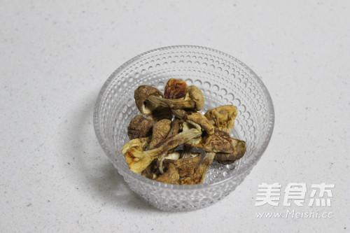 松茸虾油海鲜粥的家常做法