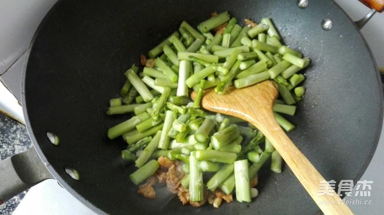 芦笋炒肉片怎么吃
