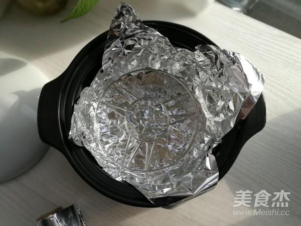 砂锅蒜蓉烤虾的家常做法