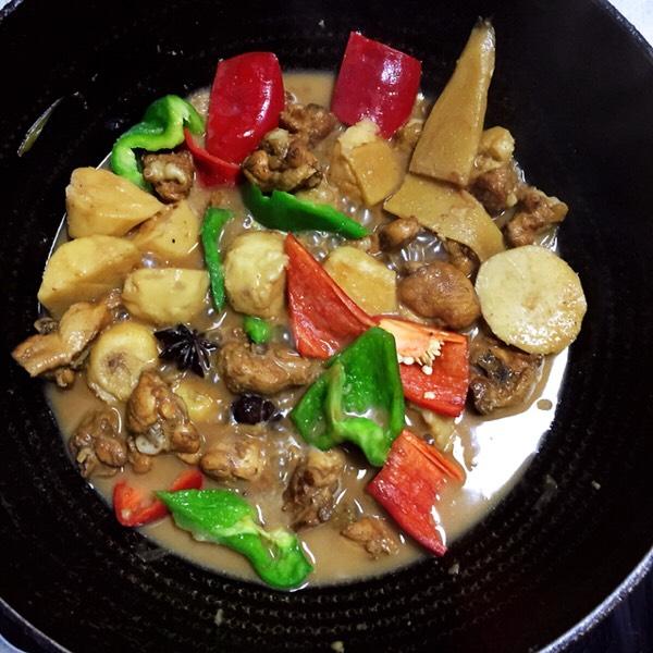 【芋儿鸡】这样做比大厨做的还好吃,晚餐组合五珍粉粥,减肥又解馋怎么炖
