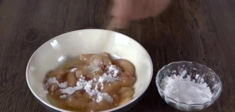 正宗炸鸡做法,几十/斤的炸鸡在家做,十元钱一大盘!和五珍粉一起吃,既解馋又减肥!的简单做法