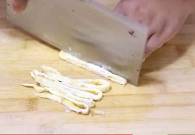 杏鲍菇怎么做好吃又健康?不炒也不炖,开胃杏鲍菇,酸爽下饭,零失败率!的简单做法