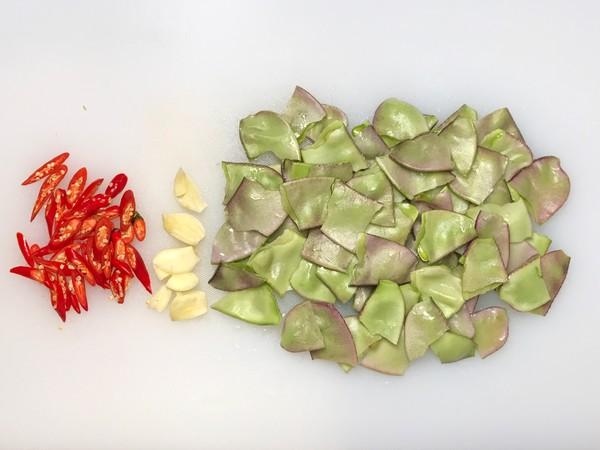 五花肉炒扁豆的做法图解