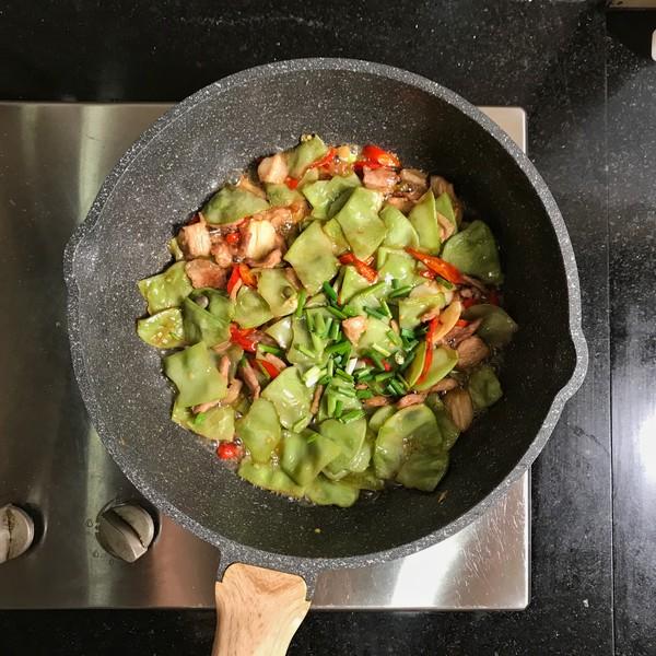 五花肉炒扁豆怎样做
