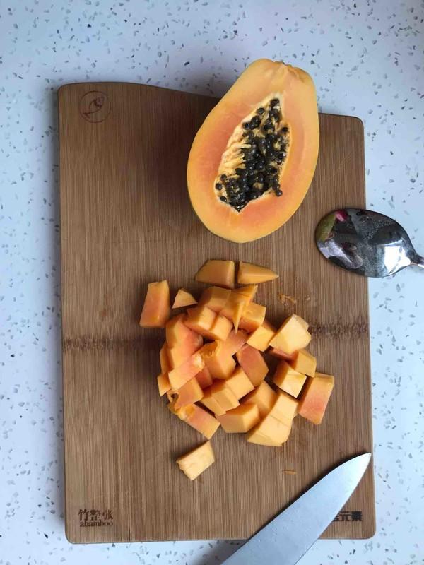 养颜桃胶木瓜的简单做法