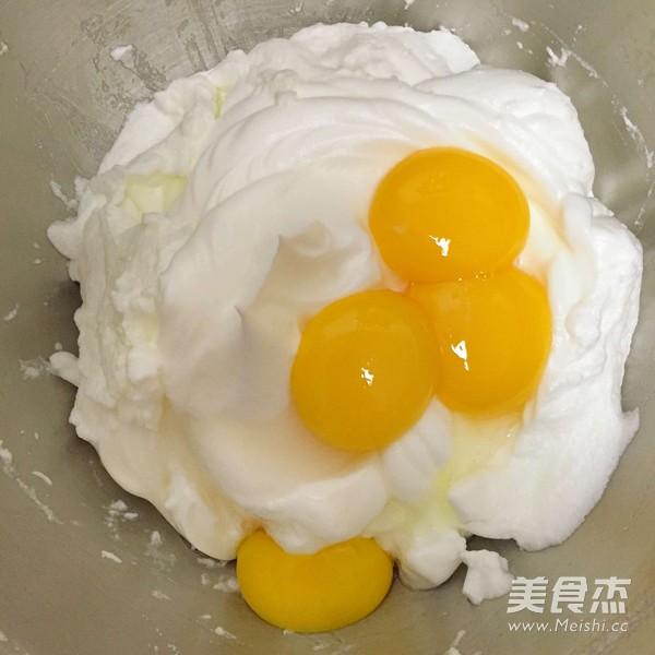 分蛋蜂蜜贝壳蛋糕的家常做法