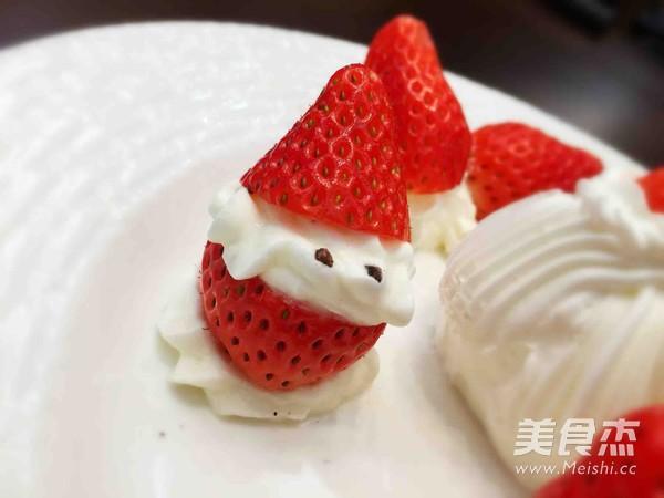 草莓圣诞老人的步骤