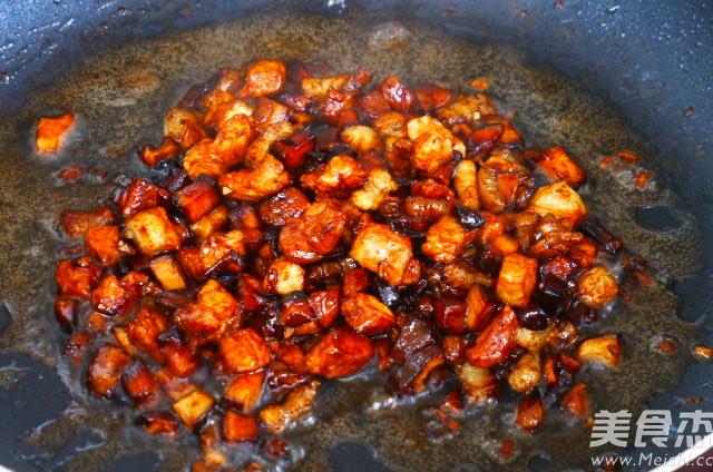 肉丁香菇蒜薹怎么煮