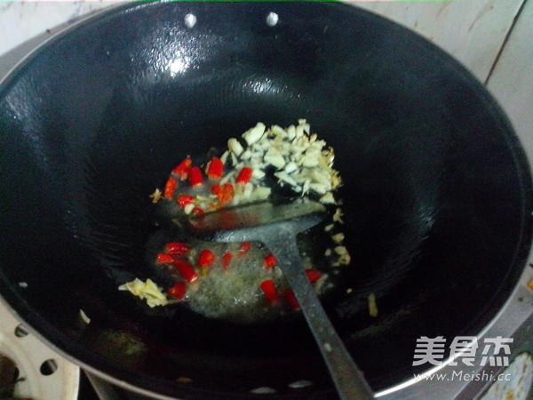 泡椒炒猪血怎么煮