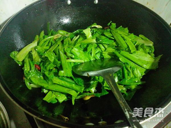 炒油麦菜怎么吃
