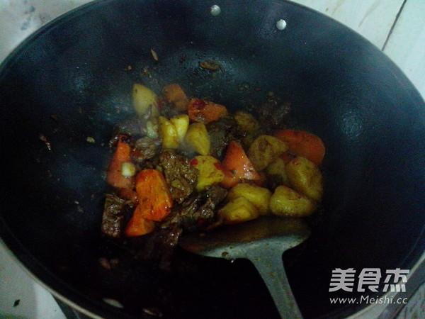 萝卜土豆烧牛肉怎样做