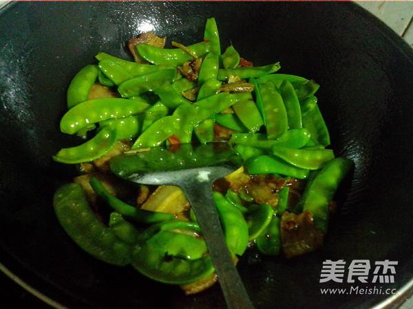 荷兰豆炒五花肉怎么煮