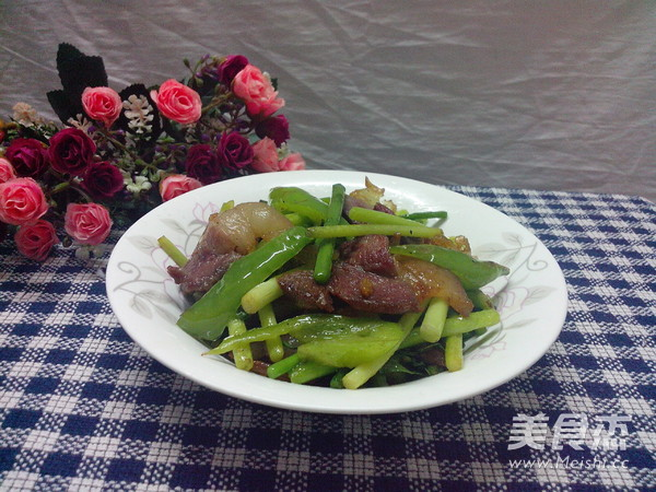 青椒蒜苔炒腊肉怎样煮