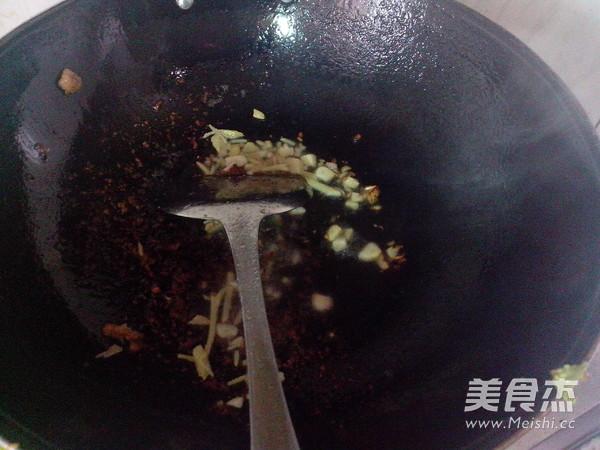青椒蒜苔炒瘦肉怎么煮