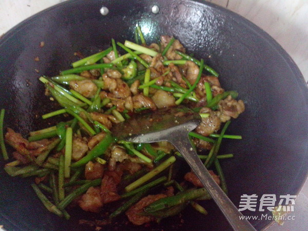 青椒蒜苔炒瘦肉怎样做