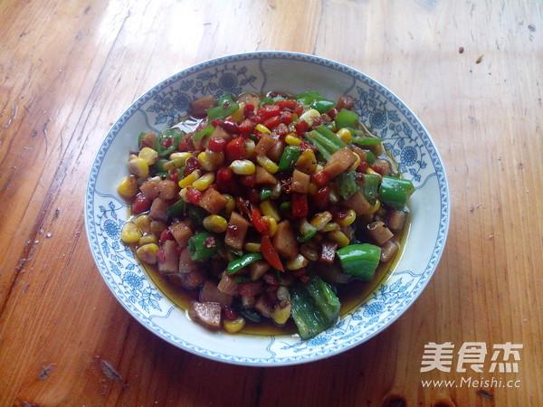 玉米青椒火腿肠怎样做