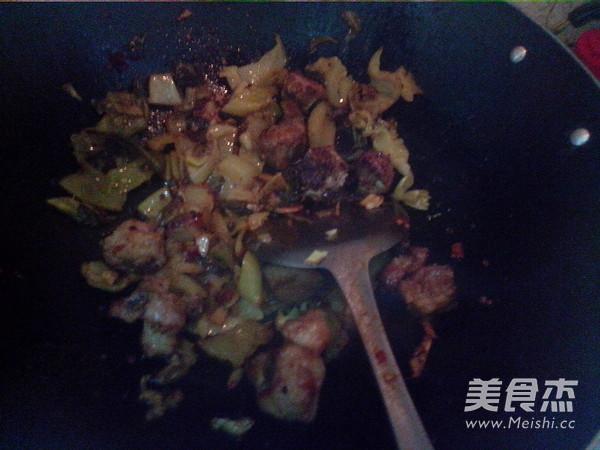 酸菜炖排骨怎么炖