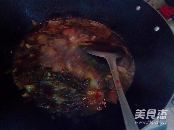 酸菜炖排骨怎样煸