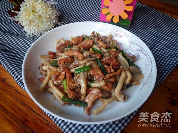 蘑菇炒肉怎样煸