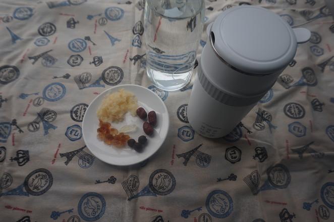 每天喝一碗,皮肤红润有光泽,红枣银耳桃胶桂圆羹的做法大全