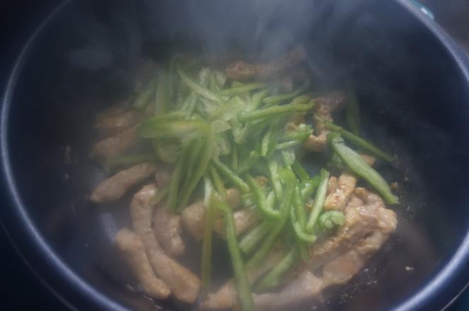 肉质酥嫩的秘诀在此,快手家常菜——酥嫩小炒肉怎样做