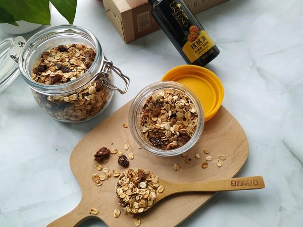 干着吃也超好吃の奇亚籽枫核格兰诺麦片的制作